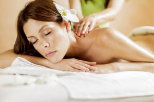 Massage californien salon massage paris